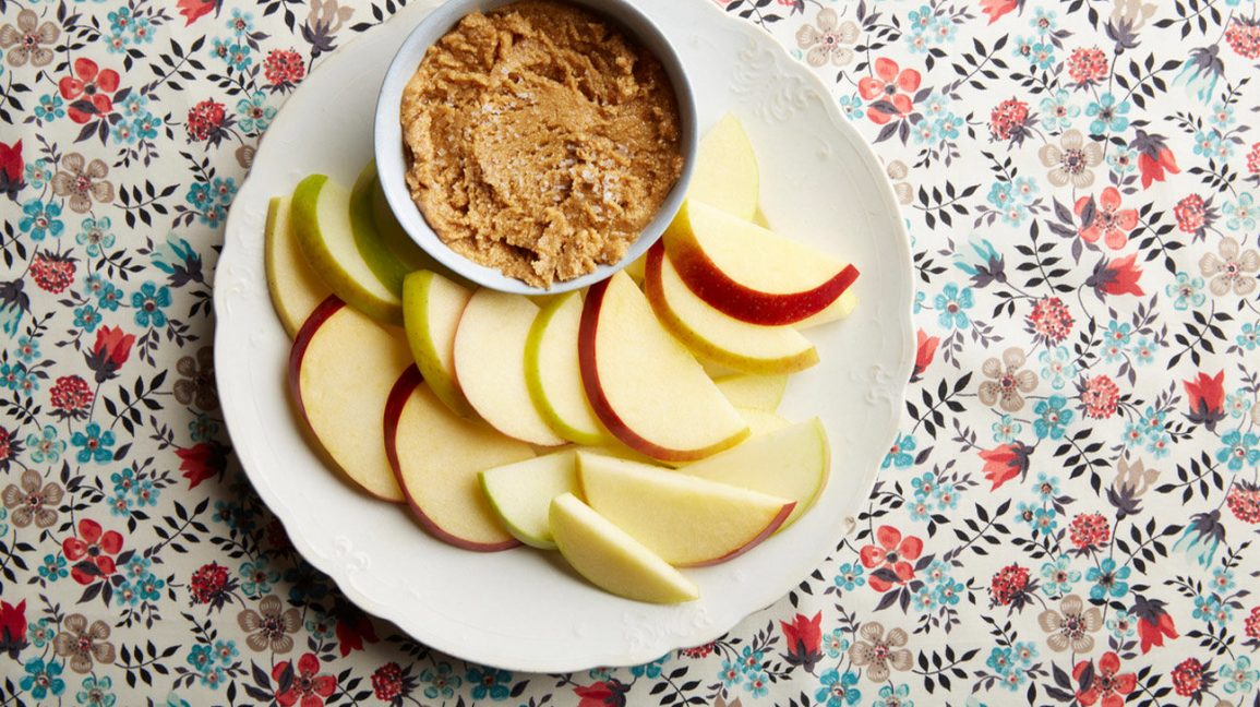 apples-peanut-butter-cashew-butter-butter-snack-1296x728-header-1296x728